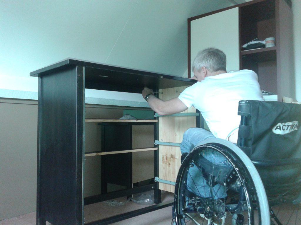 columnist Burugo maakt een IKEA kast