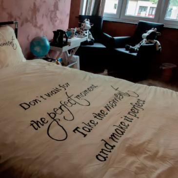 Gehuurde slaapkamer gelukscoach van rolmodel