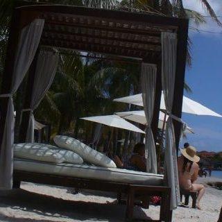 Lekker op het strand in Curaçao